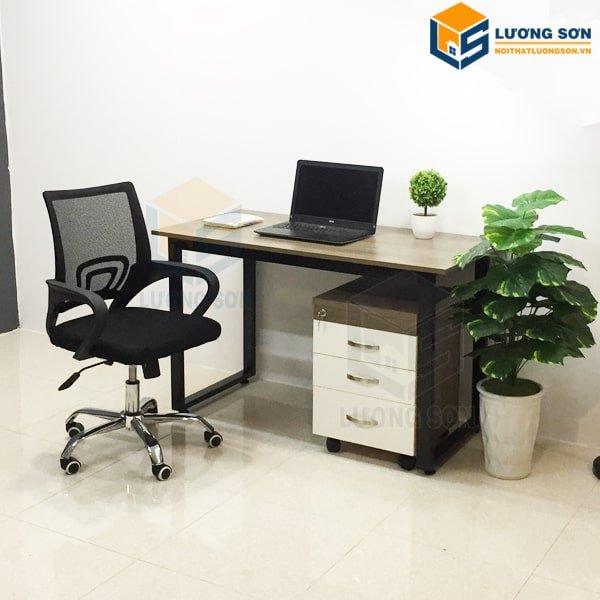 Bàn chân sắt chữ U – BCSU02 kết hợp cùng ghế xoay kèm hộc di động tạo không gian làm việc chuyên nghiệp