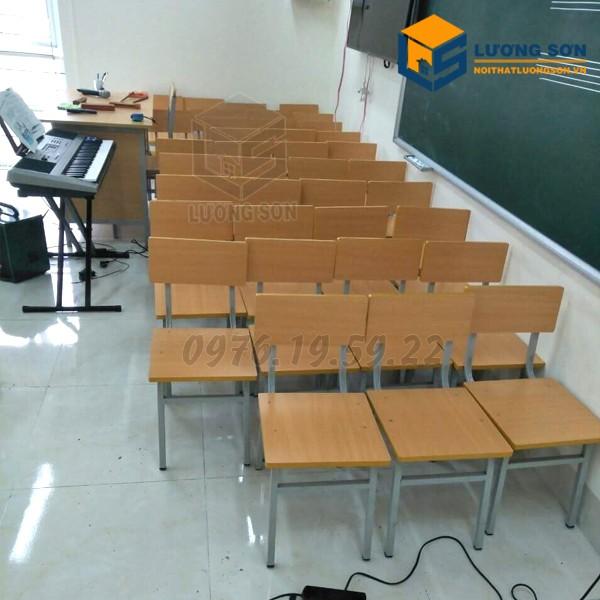 Ghế ngồi học sinh Lương Sơn được sử dụng tại nhiều lớp học
