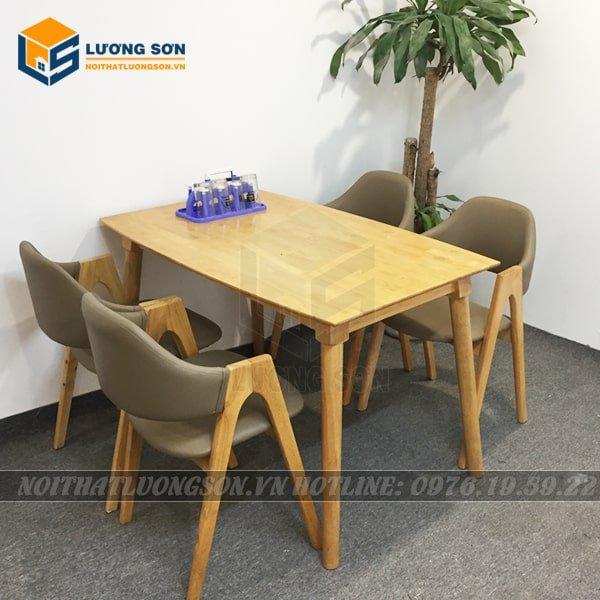 Tại những căn hộ chung cư có diện tích nhỏ, bộ sản phẩm này là gợi ý tốt cho cả phòng bếp hay phòng khách.