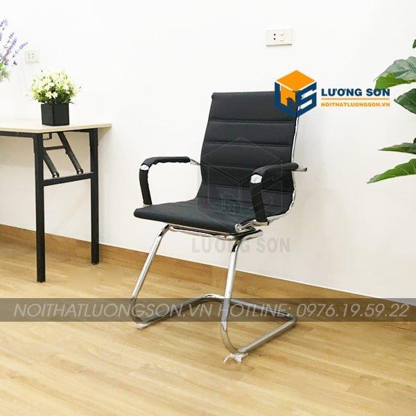Trọng lượng nhẹ giúp di chuyển dễ dàng, thích hợp với các phòng họp.