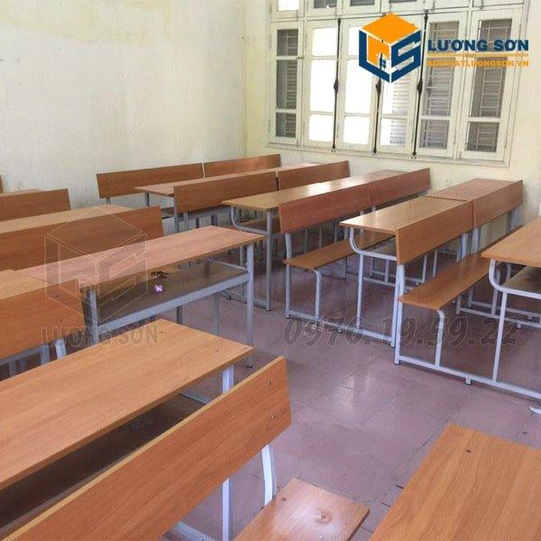 Hình ảnh thực tế Bàn học sinh liền ghế có tựa - BHS03