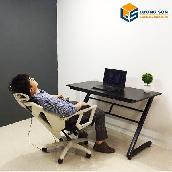 Trải nghiệm khách hàng khi dùng thử Ghế Gaming + Ngả Lưng+ Massage - GX02. Ghế có dây sạc USB khi dùng bạn lưu ý cắm vào ổ USB trên máy tính để bật chế độ Massage