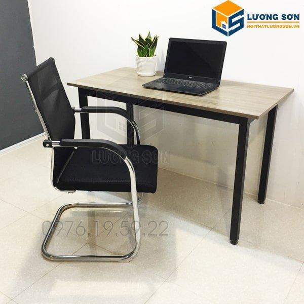 Ghế quỳ đệm lưng trung G4009 thường được sử dụng làm ghế nhân viên, ghế phòng họp