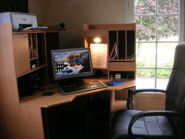 bàn máy tính, Mê mẩn với 03 mẫu bàn máy tính vừa chất vừa rẻ