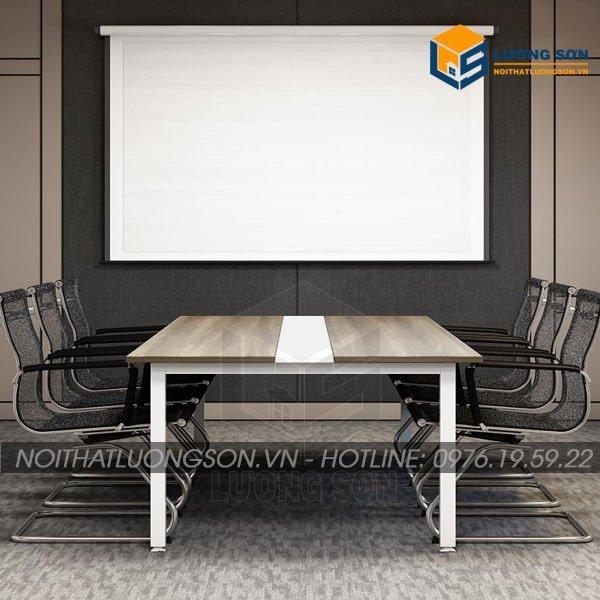 Bàn họp chân sắt thường được kết hợp với những mẫu ghế văn phòng