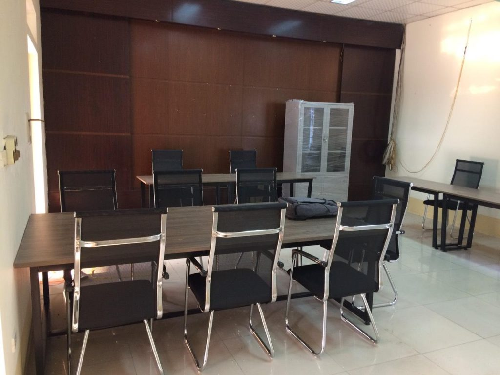 bàn họp chân sắt, Những lý do doanh nghiệp nên lựa chọn bàn họp chân sắt cho phòng họp