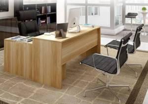 Nên mua bàn làm việc gỗ tự nhiên hay gỗ công nghiệp?