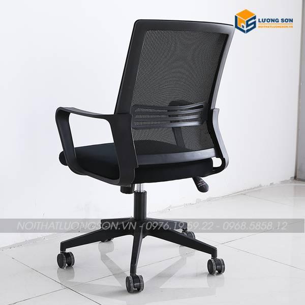 Ghế xoay văn phòng G8121 phù hợp với mọi không gian văn phòng